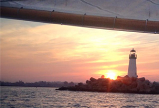 View-of-SantaCruz-harbor-from-a-sailing-boat-at-sunset