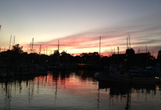 SantaCruz-harbor-at-sunset
